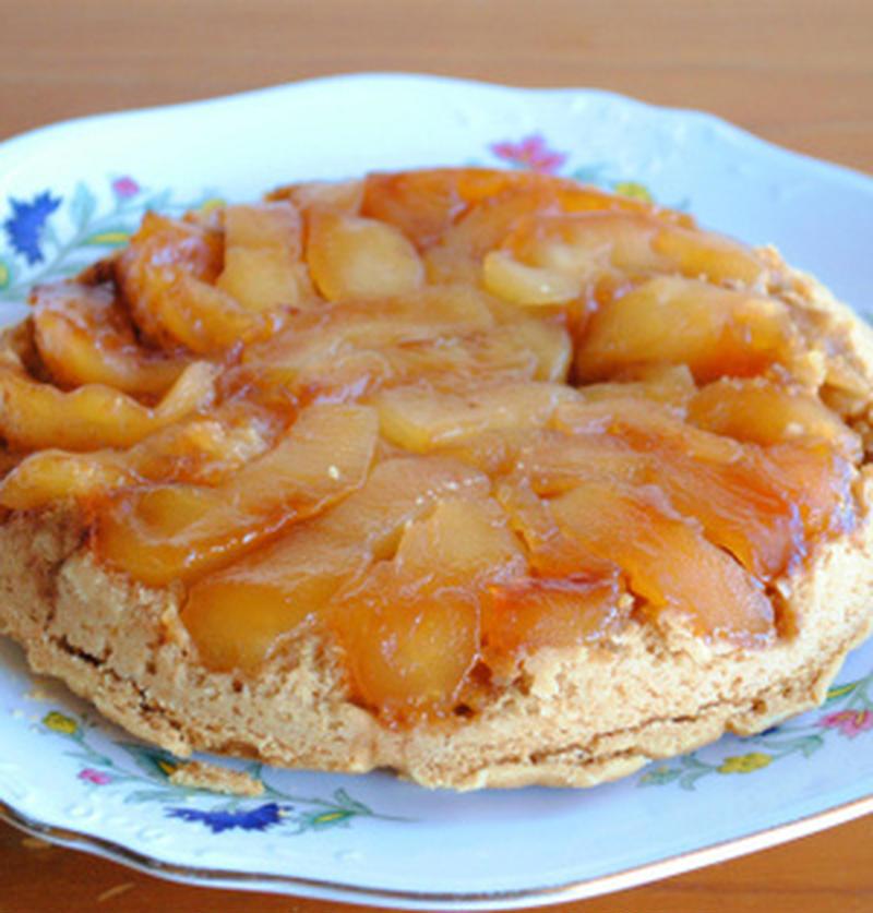 ホットケーキミックスで簡単に作れる!りんごの極上スイーツ「タルトタタン」