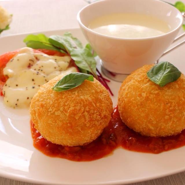 カリカリ&チーズがとろけるライスコロッケ&さつまいものポタージュ