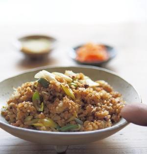 焦がし味噌マヨの納豆チャーハン
