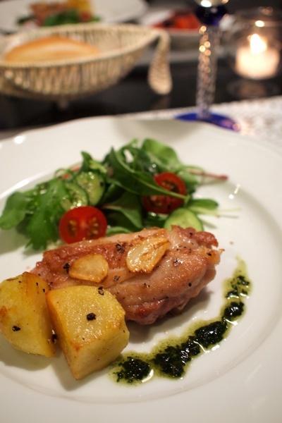 鶏もも肉のニンニクソテー&タコのトマト煮
