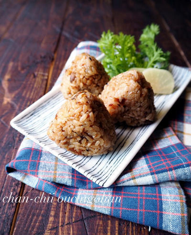 味付けは塩昆布だけ♪調味料いらずの「簡単炊き込みご飯」5選
