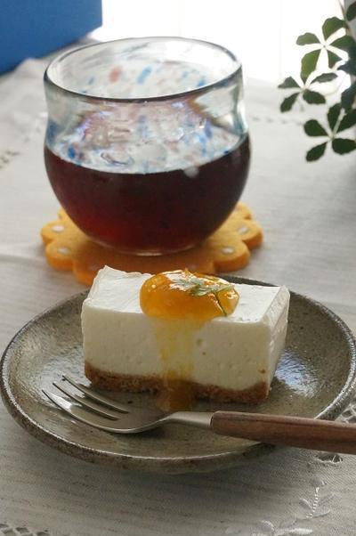 梅シロップで♪ヨーグルトレアチーズケーキ