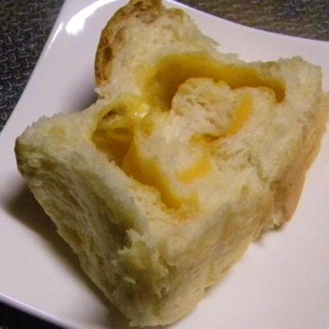 「チーズ巻き、発芽玄米のご飯パン」レシピ