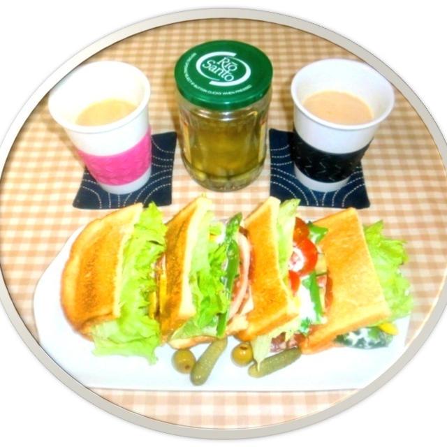 朝食は、トーストサンド