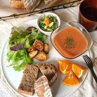 雑穀カンパーニュ&トマトと豆乳のディップソース