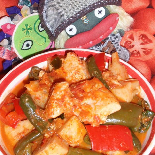 鶏肉のコチュジャンカレー&キュウリの梅じゃこサラダ(お家カフェ)