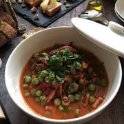 イタリアの春の味!グリンピースとイカのトマト煮