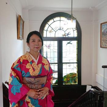 万願寺とじゃこの炊いたん。・・八白土星の日。・伝統的な京都のおばんざいを丹波焼の...