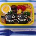 満月とコウモリのキャラ弁当☆ハロウィンの簡単おにぎり弁当