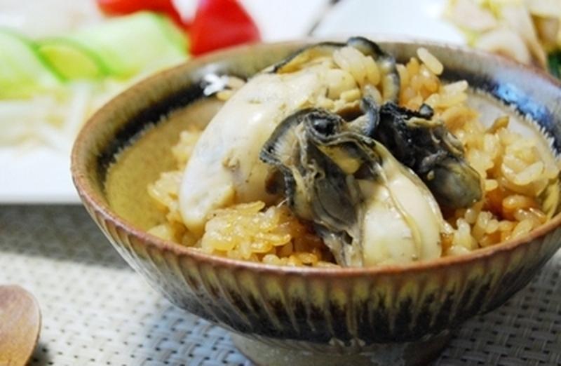 ぷりっぷり食感がクセになる!冬の「牡蠣ごはん」レシピ5選