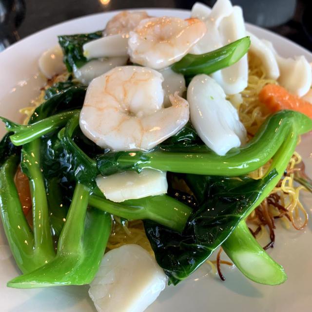 クリスピー・チャウミン(Crispy Chow Mein)