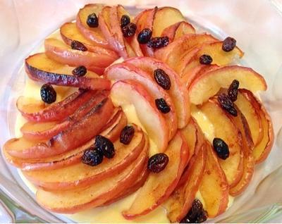 焼きりんごのカスタードソース