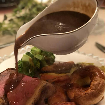 (募集)第8回 リブコンテンツ✖️エリオットゆかり「イギリス伝統料理ローストビーフを作ろう」