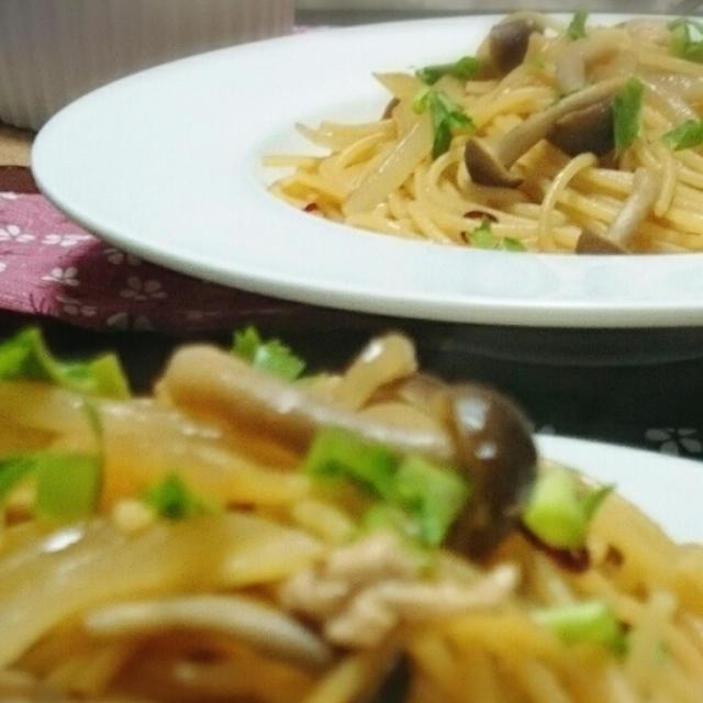 きのこと豚肉の絶品和風パスタ♪失敗しない人気のレシピです。コツはあれを使います!!
