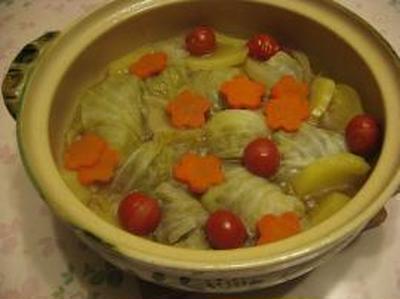 お楽しみロールキャベツ鍋