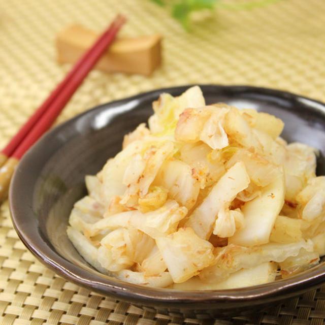 白菜の漬物の生姜、鰹節合え