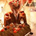 マスカルポーネのチョコクリームでHMで作ったシフォンケーキを食す。