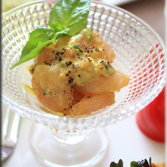 お豆腐カレータルタル小海老のカクテル