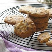 アニス風味のマカダミアチョコクッキー
