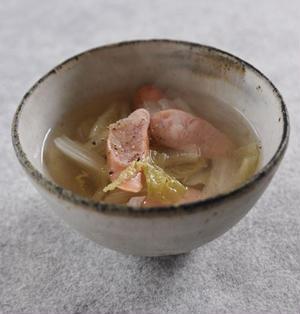 白菜とウインナーのスープ