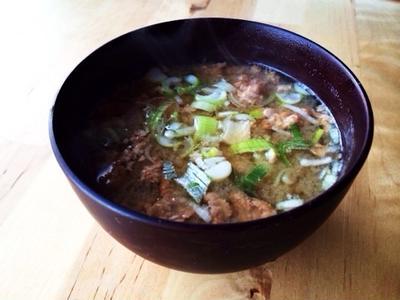 納豆と豆腐の味噌汁
