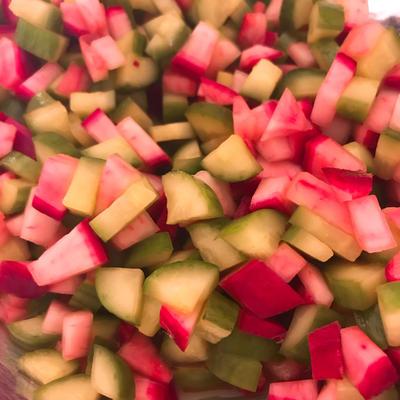 サラダカブ(もものすけ)と胡瓜のだし酢