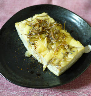 カルシウムたっぷり!豆腐のじゃこチーズ焼き