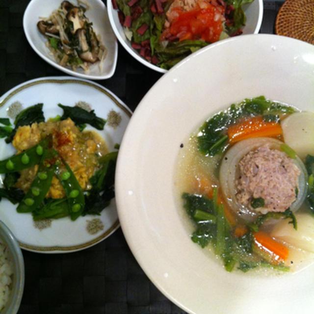 新玉ねぎの肉詰めスープとグリーンカレーをアレンジ