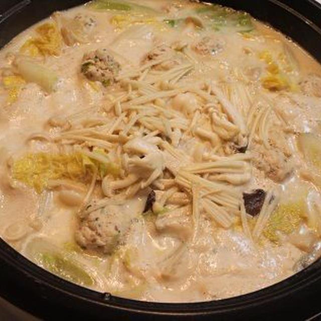 豆乳とつくねのきのこ鍋