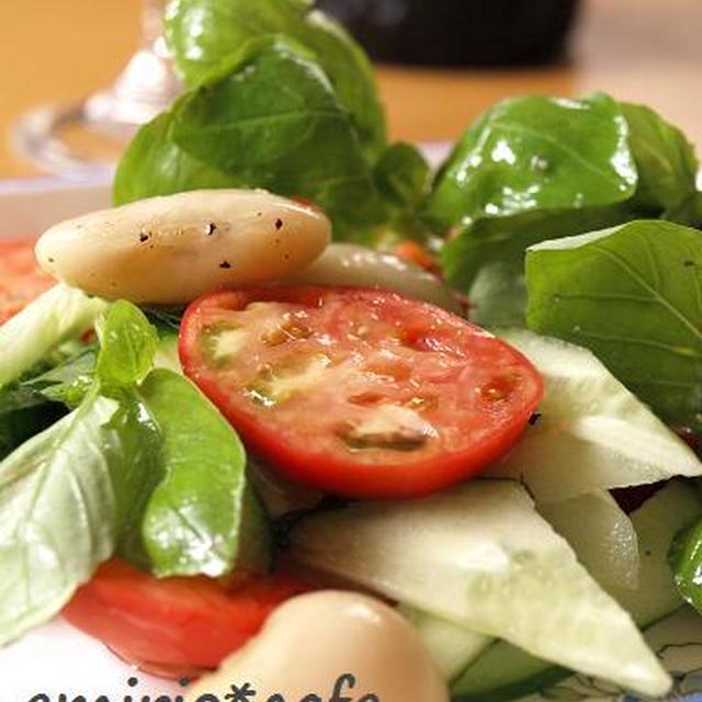 フルーツトマトと白花豆のサラダ