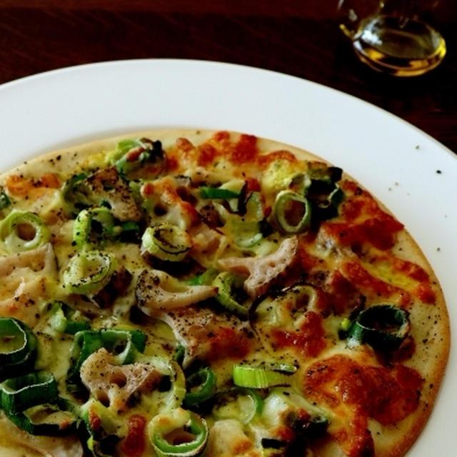 オリーブオイルたっぷりで・・残り野菜のピザ&にゃ♪
