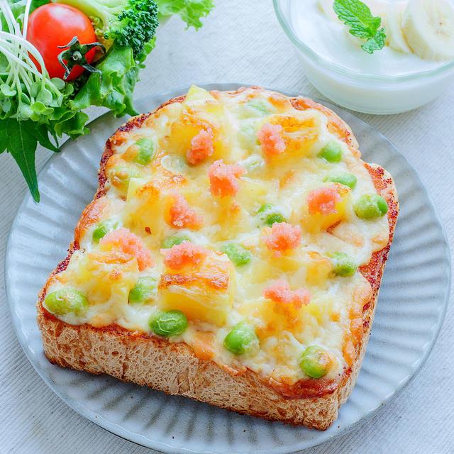 クセになる♡明太ポテマヨと枝豆のチーズトースト♪