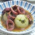 スルメと小玉ねぎのピストゥ煮