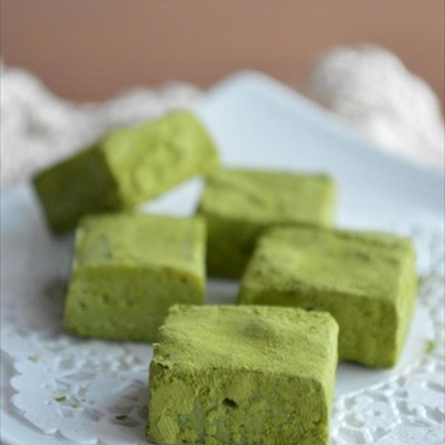 バレンタインに♪材料3つで超簡単!レンジで作る 抹茶 生チョコ ★