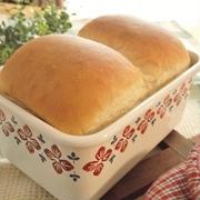 めっちゃ美味しかった~!休日の手ごねパン♪「ホーローde湯種食パン」