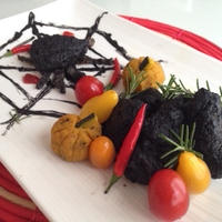 材料少しで♬真っ黒な『悪魔の唐揚げ』はいかがですか♡簡単で凄く美味しいですよ〜♪♪