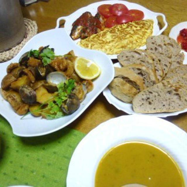 お魚料理にぴったり!甘みと肉厚の食感がいいポルトガル風「パプリカのマリネ」と、贅沢版です!イベリコ豚を使った「豚とアサリのアレンテージョ風」