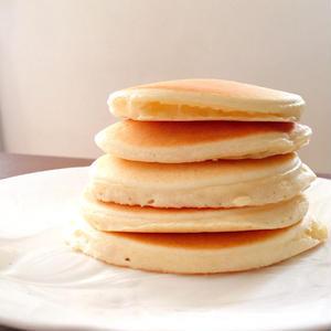 ふんわり・もっちり仕上がる!おやつに「米粉のパンケーキ」はいかが?