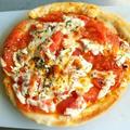 トマトたっぷりマルガリータピッツァ