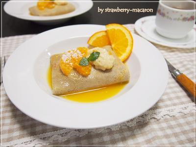 フルーツブランデーで♪そば粉のクレープ☆オレンジ豆乳クリーム包み・オレンジソース掛け