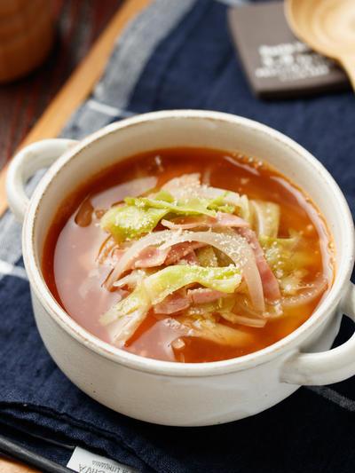 キャベツとベーコンのトマトスープ【#簡単 #時短 #節約 #トマト缶不要 #アレンジ自在 #残り野菜消費 #ダイエット #ヘルシー #スープ】
