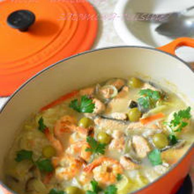鮭&海老の洋風豆乳鍋✿~〆はパスタ☆美味しい~♡