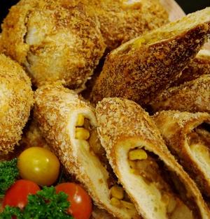 【コーン入りカレーパン2種】アイリスオーヤマさんの「ノンフライ熱風オーブン」で サクサク!カリッ!