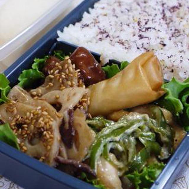 牛肉と蓮根のきんぴら&鶏むね肉とピーマンのてりマヨ~陸上大会のお弁当だよ♪