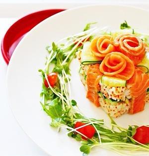 サーモンのプレゼント押し寿司
