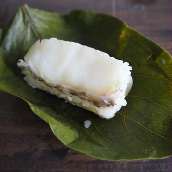 鯛の柿の葉寿司