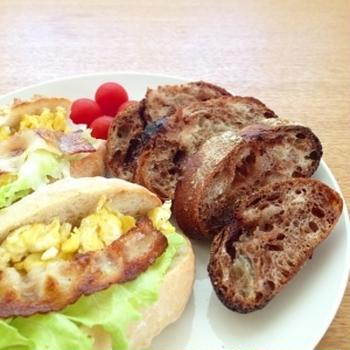 最近焼いたパン&レーズン酵母2日目
