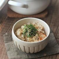 ■【ヤマキだし部】鮭缶とおだしと生姜たっぷり炊き込みごはん♪