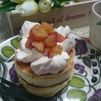 ふわふわホットケーキりんごのキャラメル添え(レシピ)