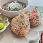 冷凍あさりで作る中華風炊き込みご飯